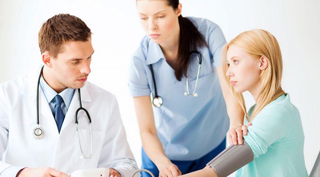 Chuyển ngạch Điều dưỡng sang Y sĩ được không?